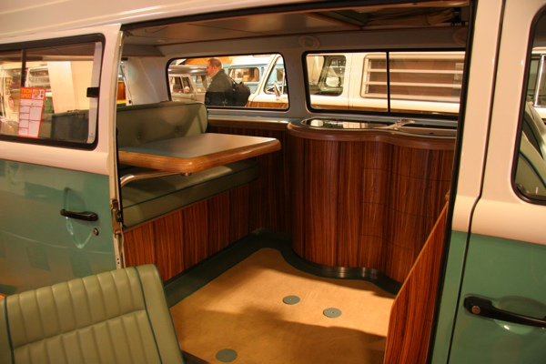 Volksworld show 2008 custom split screen interior for Vw kombi interior designs