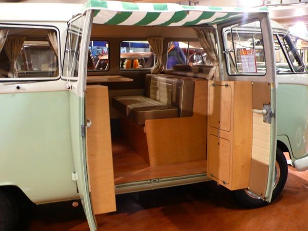 Volksworld show 2008 tidy interior on this split screen for Vw kombi interior designs